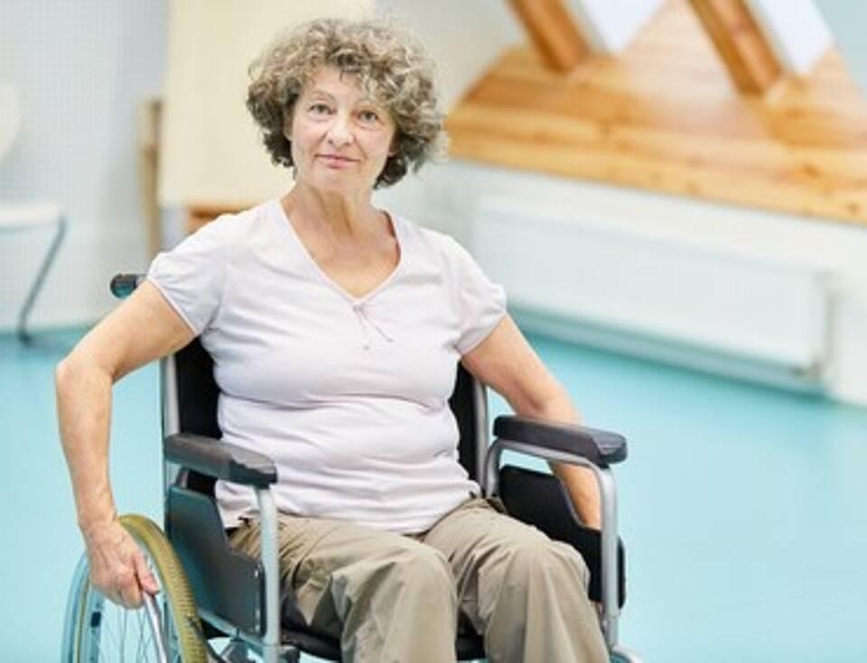 Querschnittlähmung, Harnblasenkrebs, Unfallversicherung