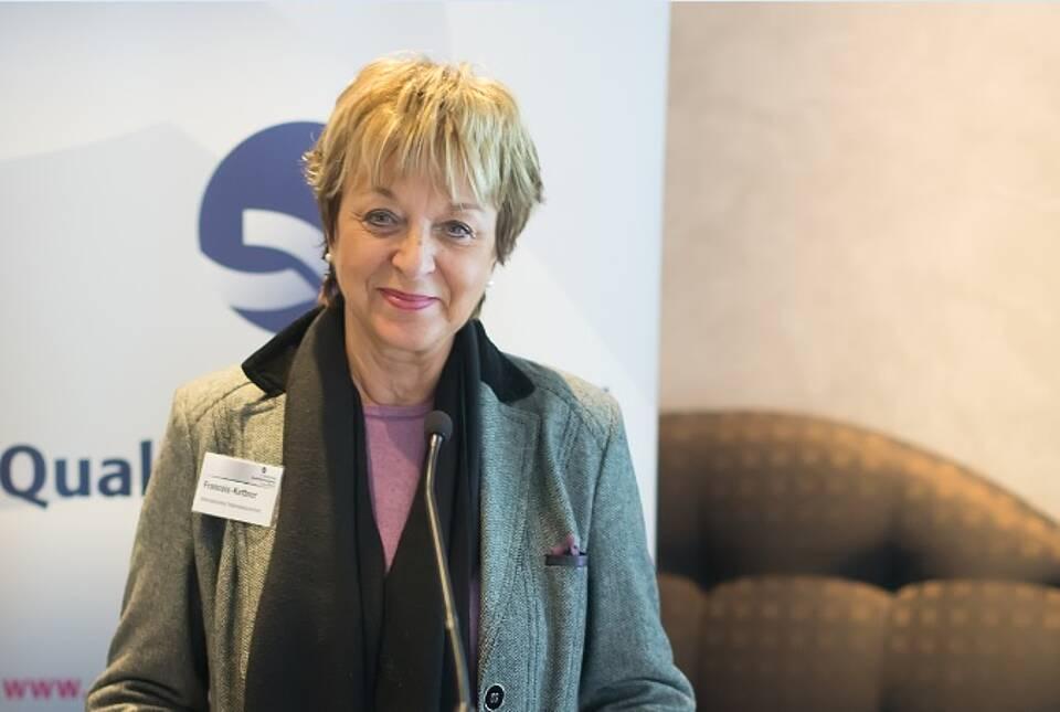 Hedwig François-Kettner wurde von Bundespräsident Gauck ausgezeichnet.