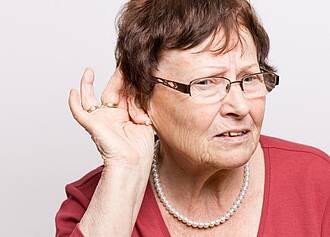 Hörverlust kann zu kogntiven Einschränkungen führen