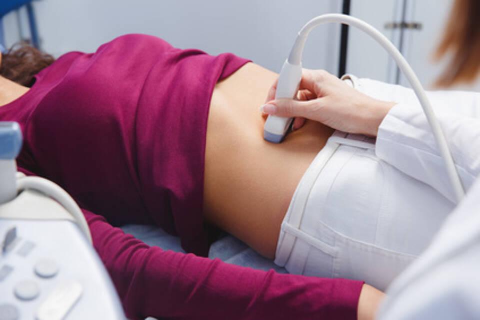 Wegen dem Verdacht auf schwere Leberschäden darf Esmya vorläufig nicht mehr verschrieben werden