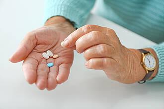 Senioren, Rentner, Tabletten, Medikamente
