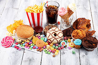 Fast-Food, Süßigkeiten, Eis, Snacks, Gebäck