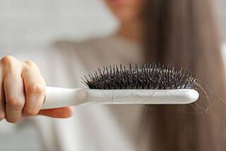 Hypotrichosis simplex, Haarverlust bei Kindern