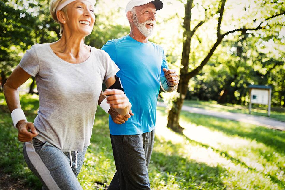 Senioren, Joggen, Laufen, Sport, Park, aktiv,