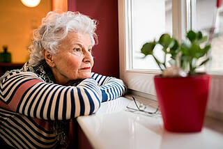 Corona-Krise, Depressionen, Senioren, ältere Menschen
