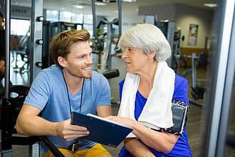 fitness, fitness-trainer, fitness-studio, aktive senioriniorien