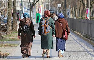 Zugewandert und krankenversichert: GKV versorgt jetzt eine Million mehr Menschen als 2015