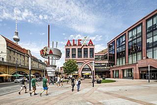 Das Alexa am Alexanderplatz ist Berlins erstes Einkaufscenter mit Impfangebot