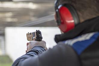 Charité untersucht Giftbelastung an 300 Berliner Polizisten. Doch die Studie ist umstritten