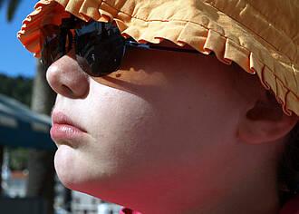 """Aufklärung zum Sonnenschutz """"verpufft"""" bei Eltern"""