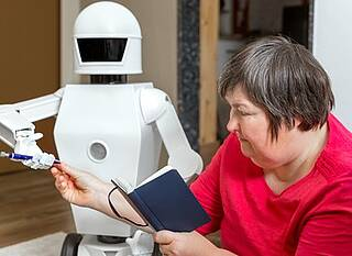 Künstliche Intelligenz, Assistenzroboter, Pflegeroboter, KI