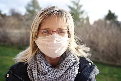 Mund-Nasen-Schutz auch in Deutschland vielfach ausverkauft. Offiziell empfohlen wird er Gesunden aber nicht