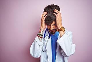 Posttraumatischer Stress: Neue Internettherapie soll traumatisierten Ärzten helfen