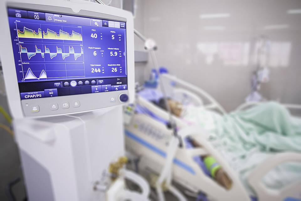 Wieder mehr als 1.000 COVID-19-Patienten auf Deutschlands Intensivstationen