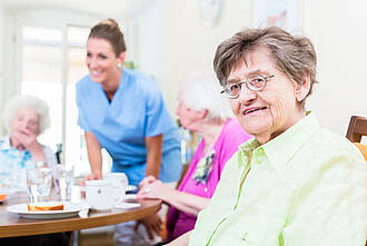Ein gutes Pflegeheim bietet auch ein schmackhaftes Essen
