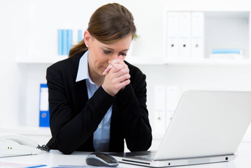 Manch einer greift zur Pille, um dem Arbeitsalltag standzuhalten