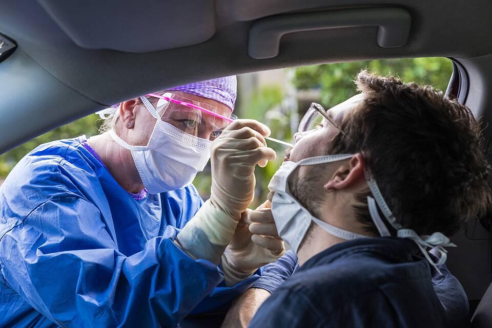 Coronavirus Test Drive-in
