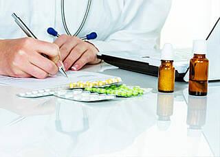 Arzneimittelpreise steigen unaufhörlich
