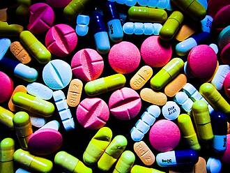 Wechselwirkungen von Arzneimitteln bei Multimedikation weit verbreitet