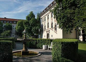 Charité Virchow Klinikum, Kliniken, Berlin