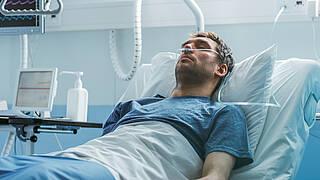 COVID-19 wird heute anders behandelt als zum Beginn der Pandemie.
