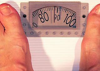 Beim Fasten wird vermehrt ein bestimmtes Protein hergestellt. Es reguliert die Aufnahme von Fettsäuren in der Leber