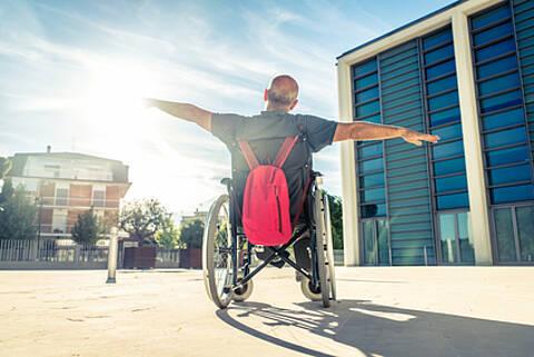 Rahmenstrategie 80plus soll Leben und Versorgung älterer Menschen in Berlin verbessern