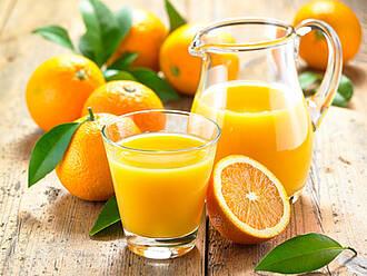 Orangensaft und die frische Orange: Was ist gesünder?