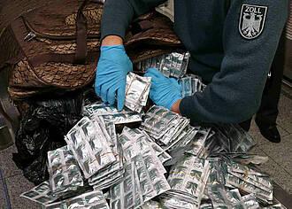 Millionen gefälschte Arzneimittel gefährden Verbraucher