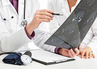 Thüringer Schmerzpatient profitiert offenbar von Hirnschrittmacher