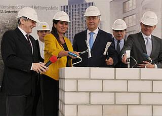 Charité legt Grundstein für neue Rettungsstelle und OP-Trakt am Campus Mitte