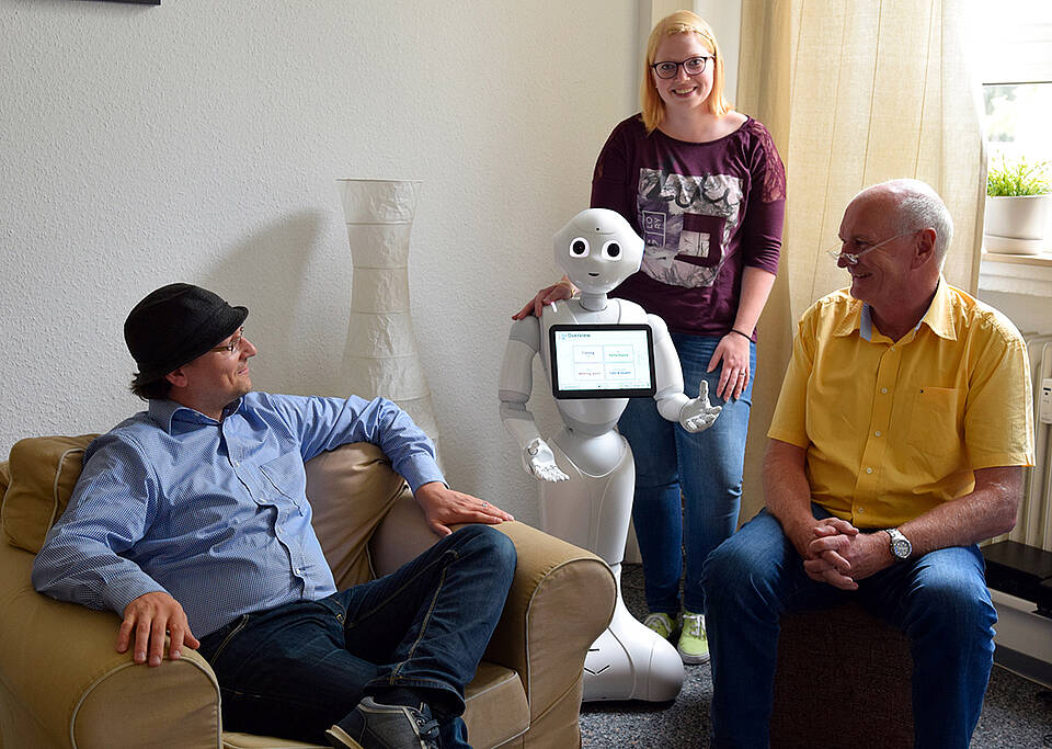 pflege, roboter, pflegeforschung