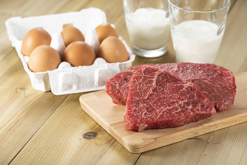 Milch und Rindfleisch enthalten Erreger, die Darmkrebs fördern könnten