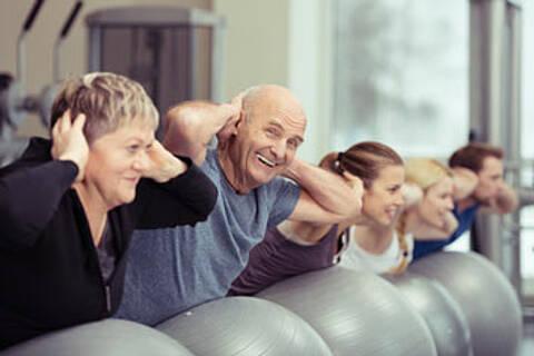 Berliner Altersstudie: Männer können altersbedingtem Muskelschwund durch lebenslangen Sport vorbeugen. Für Frauen gilt das offenbar nicht
