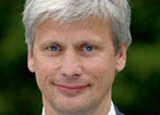 Dr. Dr. Martin Siebert, CEO