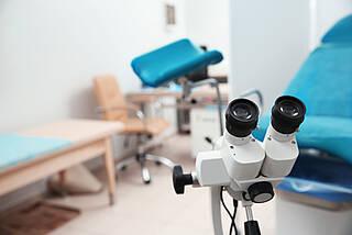 gynäkologie, frauenarzt, untersuchungsstuhl, krebsfrüherkennung, Gebärmutterhalskrebs