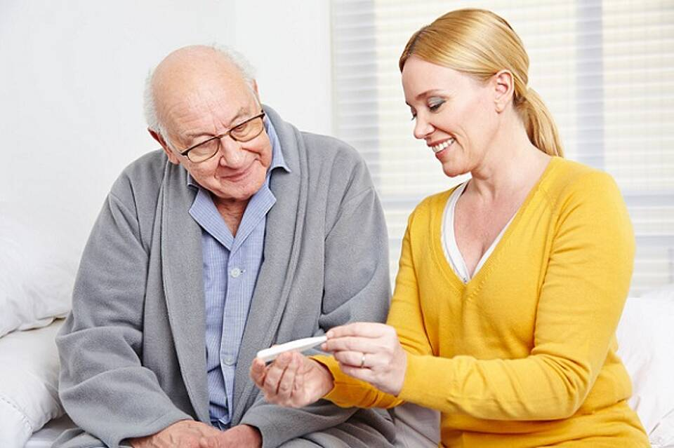 Pflegebedürftigkeit nimmt mit dem Alter zu