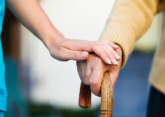 Institut sagt Engpässe in Pflegeheimen voraus