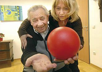 Demenz:Pflegende Angehörige häufig überlastet