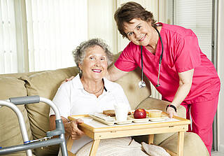 Mangelernährung vorzubeugen ist besonders bei Demenz-Patienten wichtig