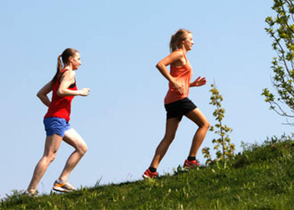 Herzinfarkt und seinem Vorläufer KHK kann man vorbeugen: mehr bewegen, nicht rauchen und gesund essen