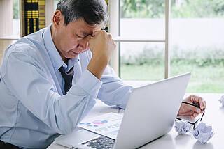 Müdigkeit ist ein Symptm, das bei hospitalisierten Covid-19-Patienten oft persistiert
