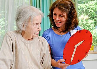 Menschen mit Demenz brauchen eine besondere Betreuung – auch im Krankenhaus
