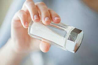Überschüssiges Salz kann dem Immunsystem zu schaffen machen