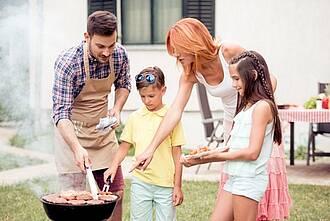 Grillen, Verbrennungen, Kinder beim Grillen