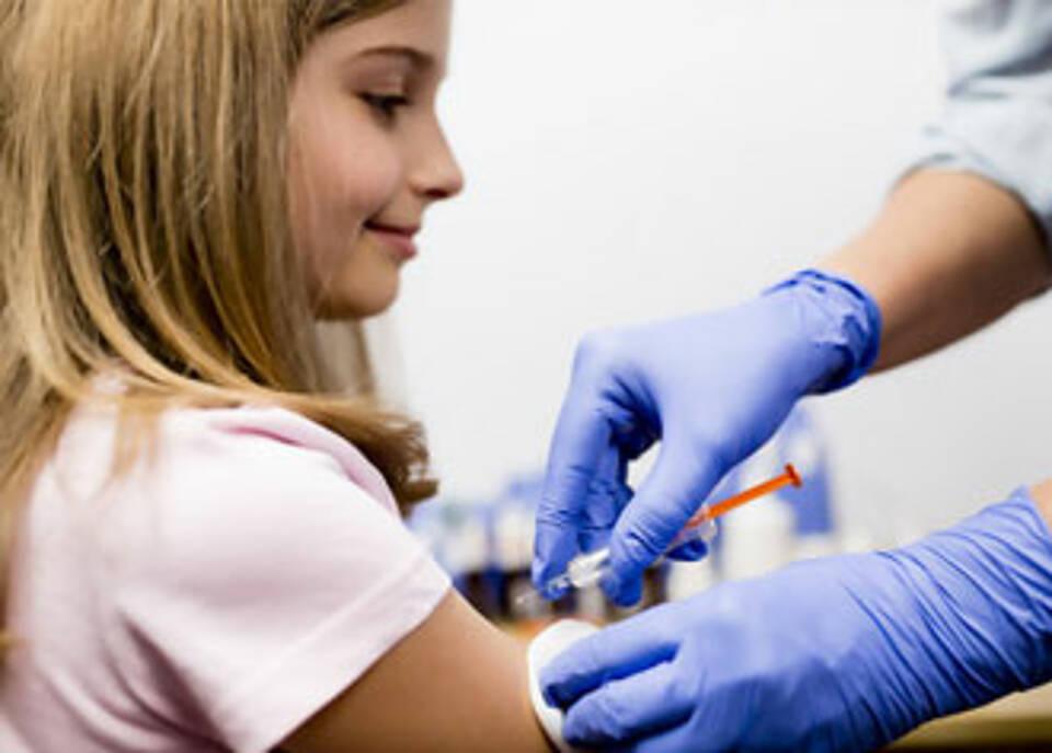 AOK Ausschreibung für HPV-Impfstoffe: Sanofi befürchtet Preisschlacht