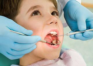 Zahnprophylaxe bei Kindern lückenhaft