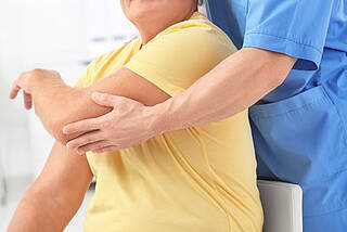 Rehabilitation, Schlaganfall, Hirnstimulation, Neuroroboter, Reha