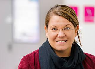 Psychologie-Professorin Nina Gawehn führt durch den neuen Podcast 'Familien und Corona'