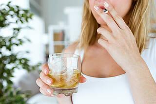 Rauchen, Tabak, Zigarette, Sucht, Genuss, Alkohol
